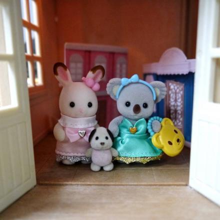sylvanian families bbs img01.jpg